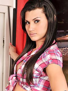 Teen Shemale Pics